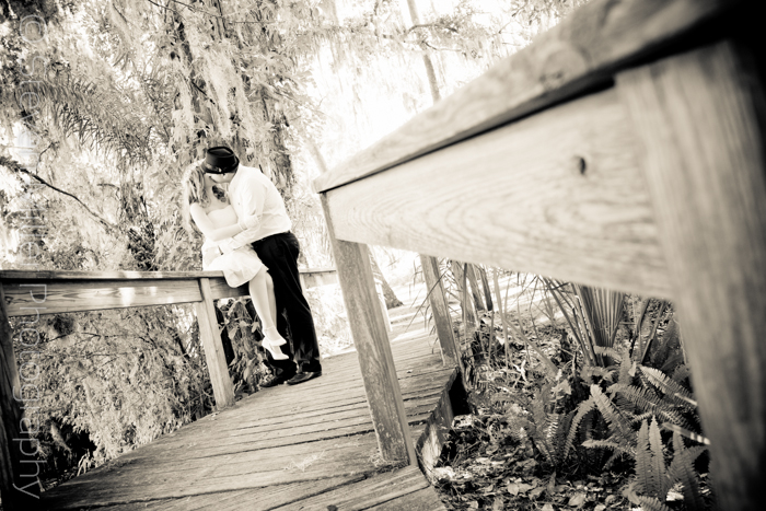 steven_miller_photography_orlando_engagement_sessions_kraft_azalea_gardens_0010