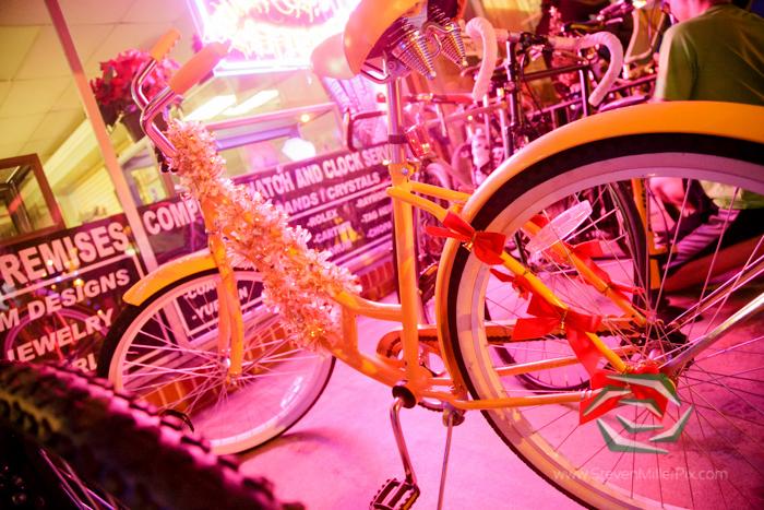 steven_miller_photography_orlandos_main_street_audubon_park_holiday_bike_light_night_0003