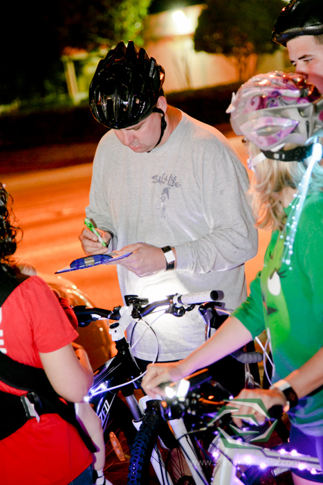 steven_miller_photography_orlandos_main_street_audubon_park_holiday_bike_light_night_0006