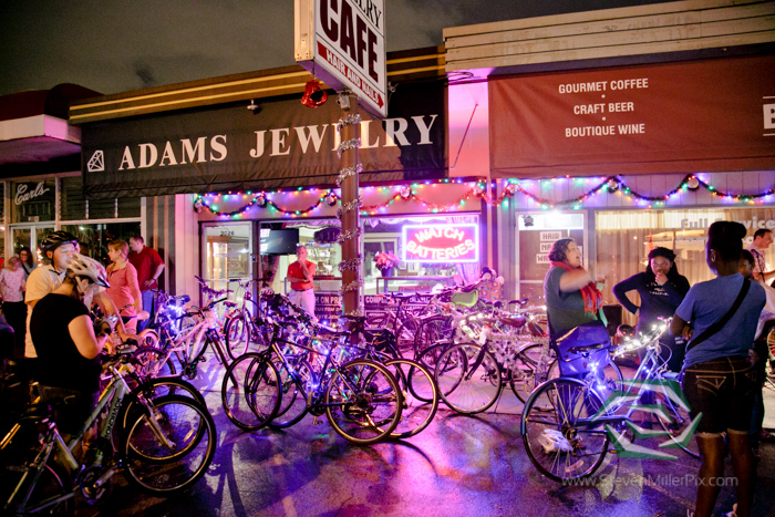 steven_miller_photography_orlandos_main_street_audubon_park_holiday_bike_light_night_0007