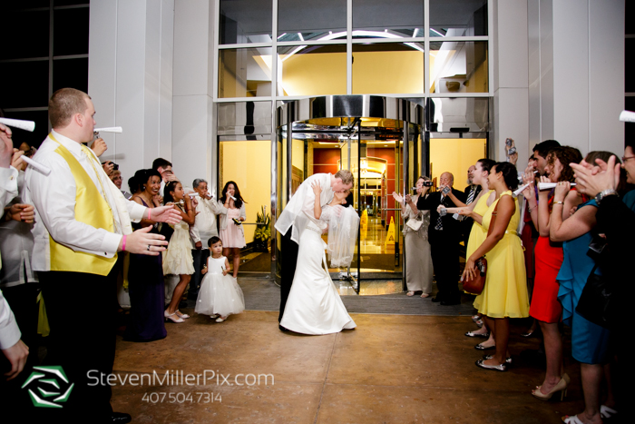 www.StevenMillerPix.com_310_lakeside_orlando_weddings_chapel_at_the_towers_wedding_photographers__0115