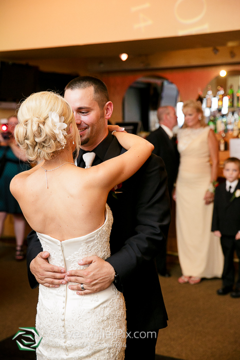 sanctuary_ridge_golf_club_wedding_photos_real_life_church_0064