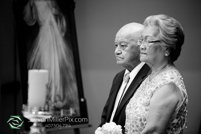 mary_queen_of_the_universe_wedding_photographer_vow_renewal_0003