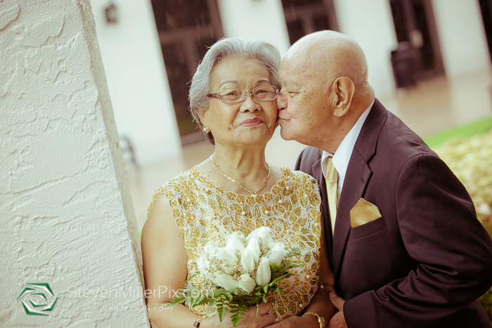 mary_queen_of_the_universe_wedding_photographer_vow_renewal_0008