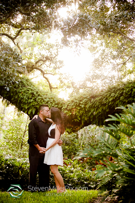 dickson_azalea_park_orlando_engagement_session_photographers_0012