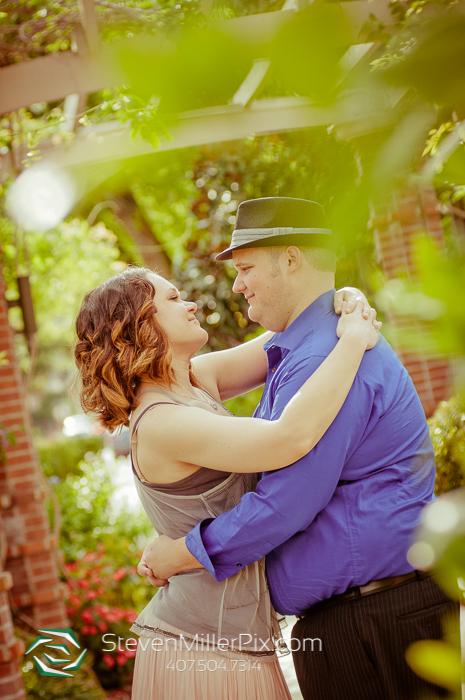 Orlando Wedding Photographers   Winter Park Engagement