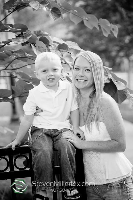 Downtown Orlando Family Portrait Photographers | Lake Eola Park Photos
