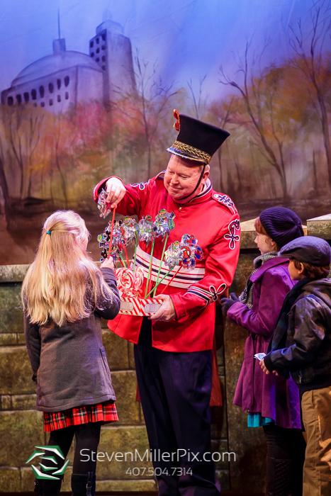 Winter Garden Theatre | Miracle on 34th Street