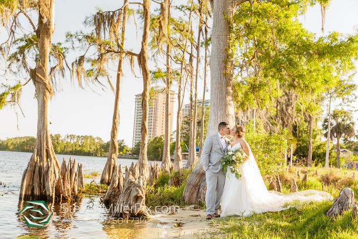 Orlando Wedding Photographers at Paradise Cove