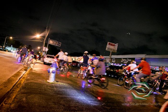 steven_miller_photography_orlandos_main_street_audubon_park_holiday_bike_light_night_0016