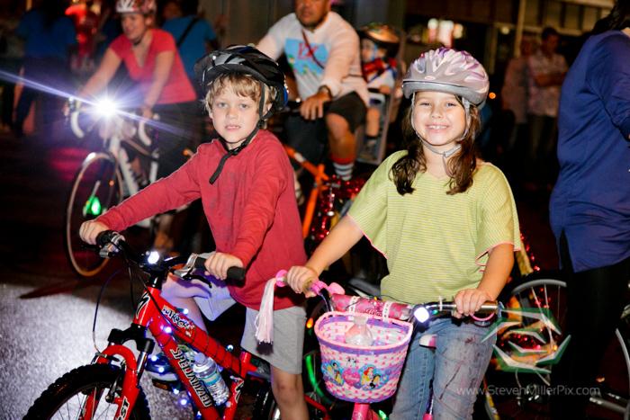 steven_miller_photography_orlandos_main_street_audubon_park_holiday_bike_light_night_0018