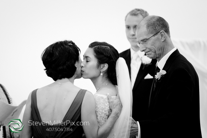 www.StevenMillerPix.com_310_lakeside_orlando_weddings_chapel_at_the_towers_wedding_photographers__0028