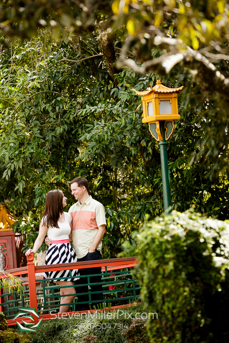 Disney Epcot Engagement Photos | Orlando Wedding Photographers