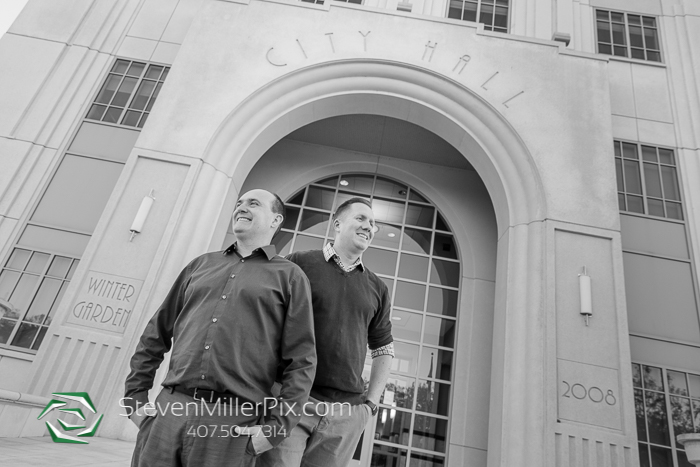 Engagement Sessions in Downtown Winter Garden