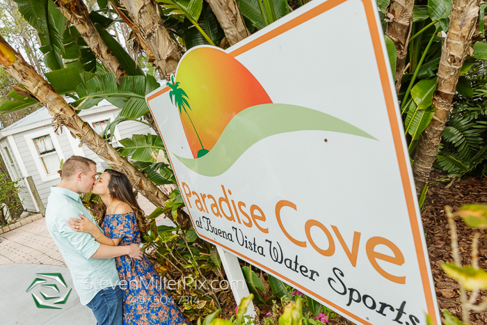 Paradise Cove Orlando Wedding Photographers