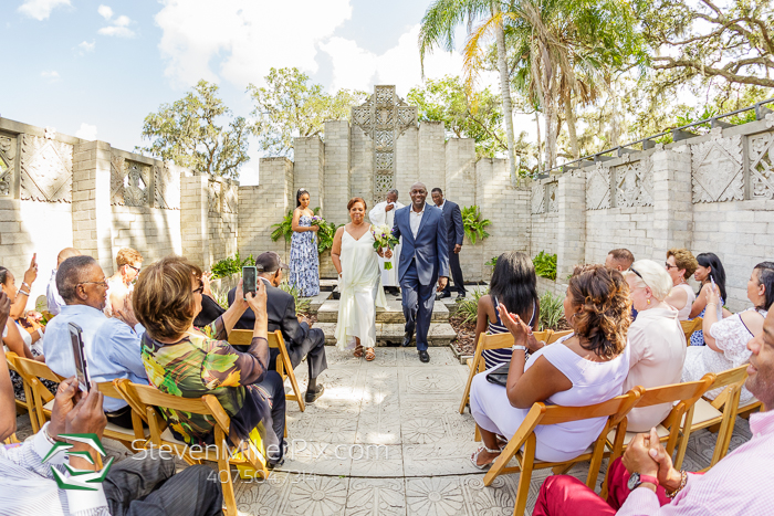 Orlando Intimate Wedding At Maitland Art Center