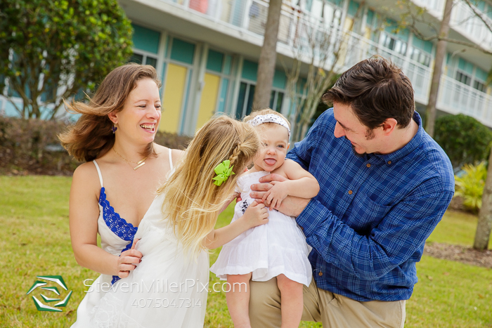 Cabana Bay Hotel Family Portrait Photographers