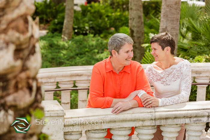 Intimate Courthouse Downtown Orlando Wedding Photographers