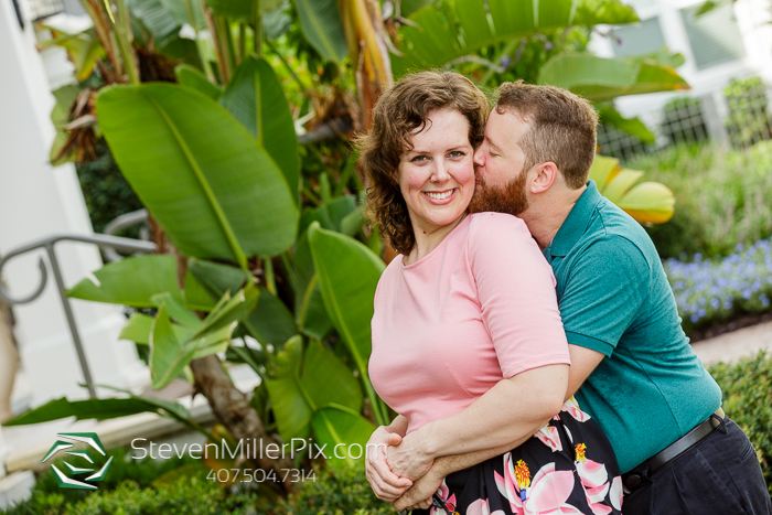 Engagement Photos in Lake Baldwin Park