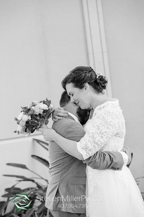 Orlando Maggianos I Drive Weddings