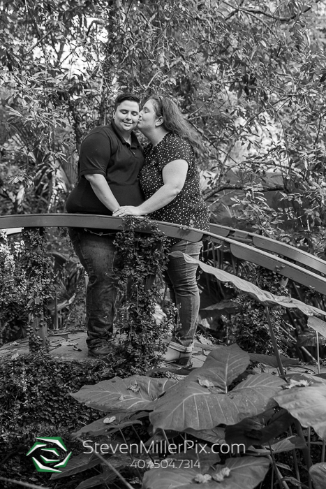 Kanapaha Gardens Engagement Photos