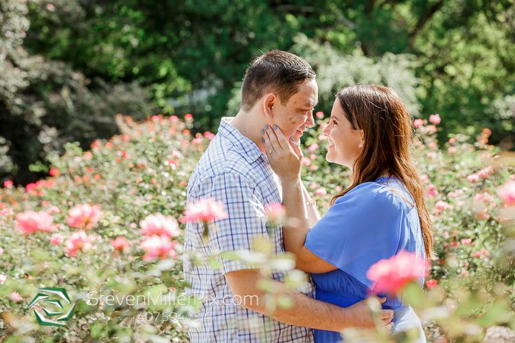 Engagement Photos Leu Gardens